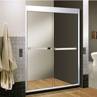 不锈钢淋浴房通常选择直列式玻璃隔板以方便进行湿法和干法分离